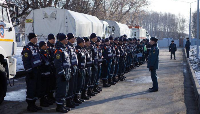 В подтопленный Алтай на подмогу прибыли спасатели из другого региона