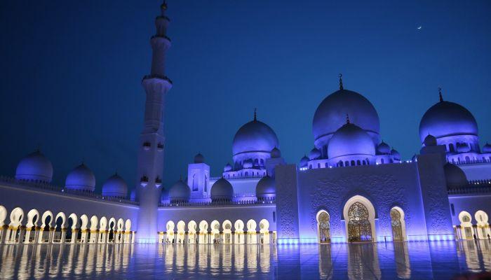 Месяц строгого поста Рамадан в 2021 году начинается вечером 12 апреля