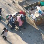 В Воронеже люди подрались у мусорки за просроченные продукты