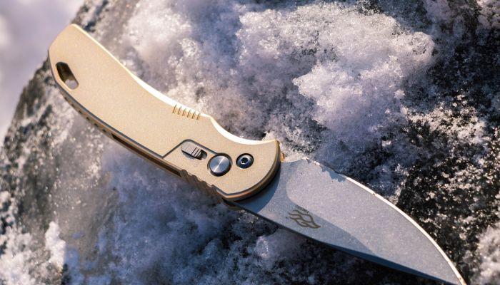 В Барнауле на Потоке мужчину смертельно ранили ножом