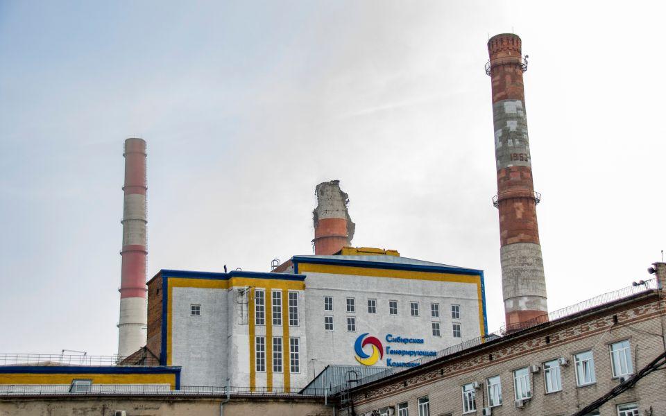СК изучает инцидент с обрушением трубы ТЭЦ в Барнауле