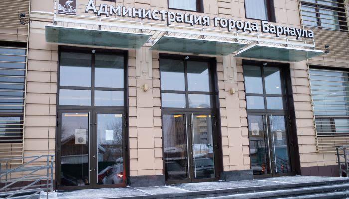 Замену главе комитета по ЖКХ мэрии Барнаула после ухода Бенса пока не нашли