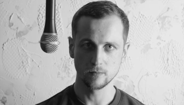 Российского стендап-комика задержали в Москве с наркотиками
