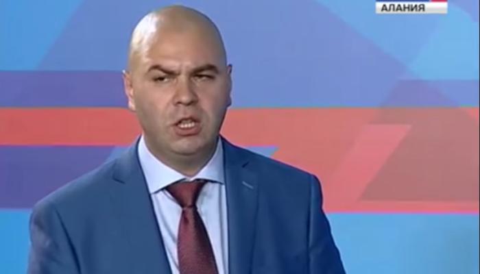Сын Жириновского подрался с сыном экс-главы Северной Осетии в аэропорту Внуково