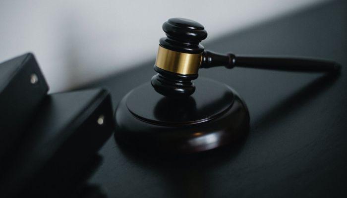 Алтайский адвокат пойдет под суд за пьяную езду без прав