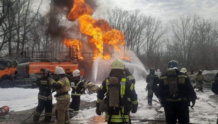 Есть пострадавший: стали известны подробности пожара на АЗС