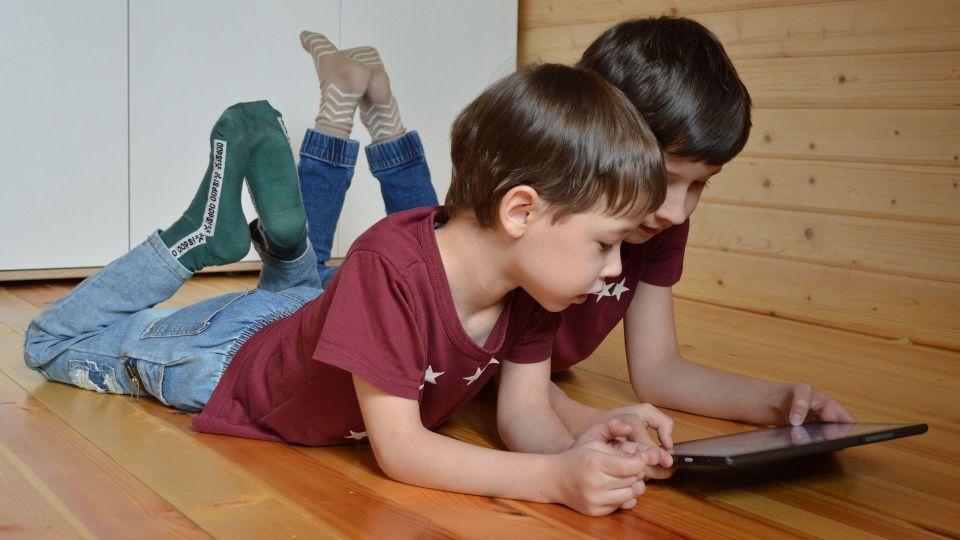 Дети в интернете.
