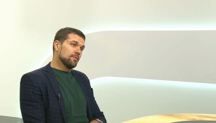 Музыкант Александр Балыков рассказал о кастингах, сольной карьере и группе ViVA