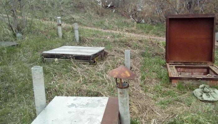 В Барнауле продают земельный участок с частными погребами