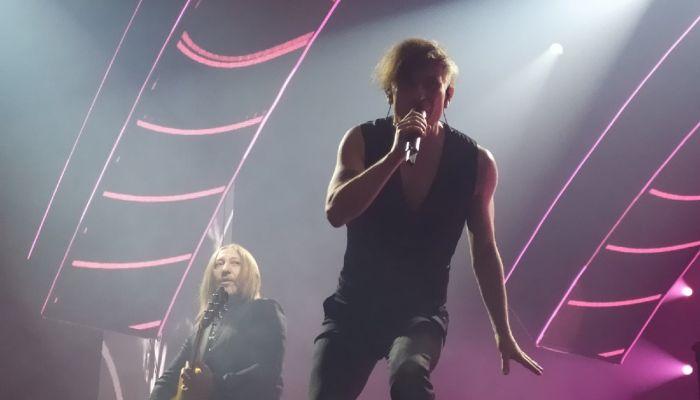 Би-2 с аншлагом отыграли концерт на барнаульской Титов-Арене