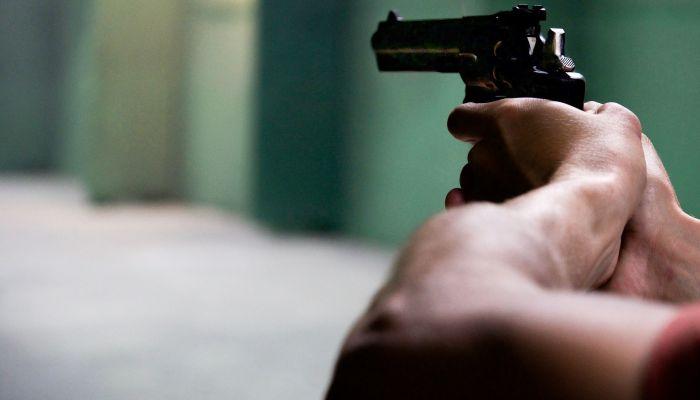 В Новосибирске конвоир застрелил обвиняемого при попытке побега