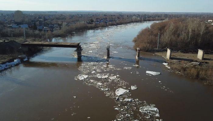 Мост в Заринске: кто срывает сроки ремонта и чего опасаются жители
