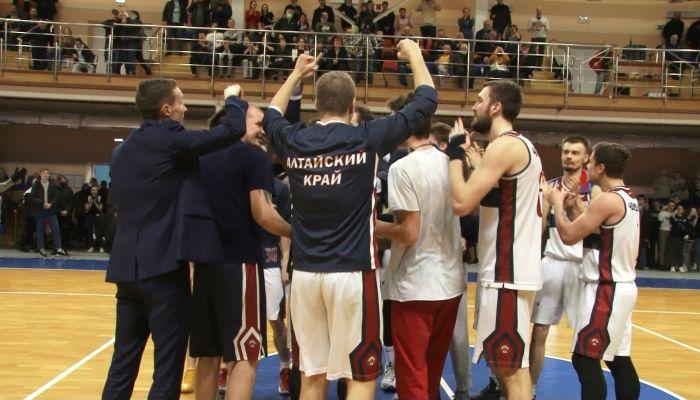 Впервые в истории барнаульские баскетболисты победили в финале Суперлиги-2
