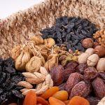 Диетолог рассказала, сколько сухофруктов нужно есть при диете