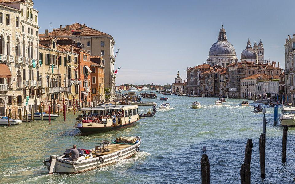 Италия планирует открыть границы для российских туристов