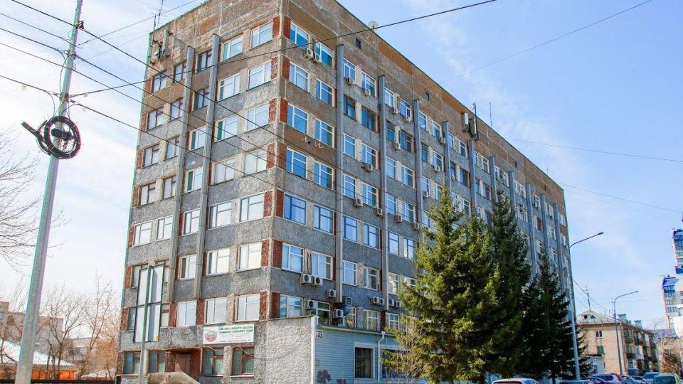 Дом на ул. Папанинцев, 105 в Барнауле