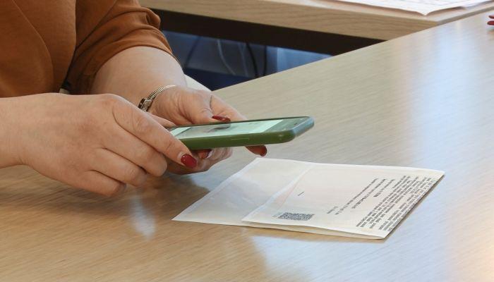 Подделка документов: как проверить на подлинность и избежать обмана