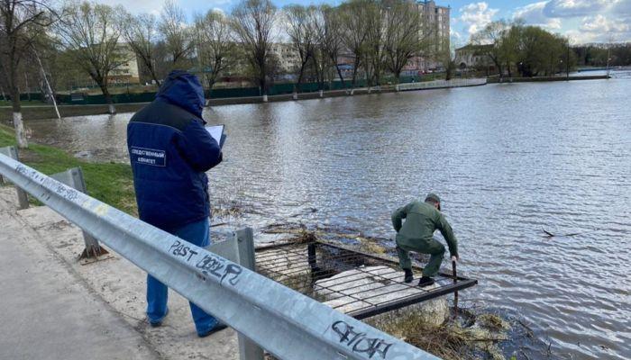 Школьницу нашли мертвой в сточной канаве в Подмосковье