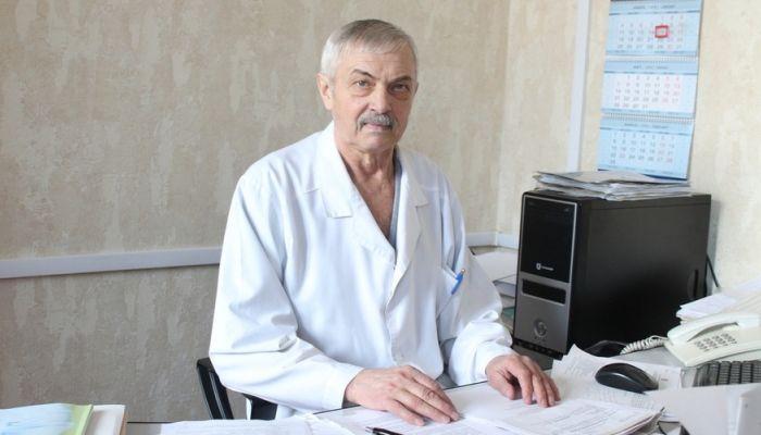 Умер почетный алтайский онколог Александр Шлегель