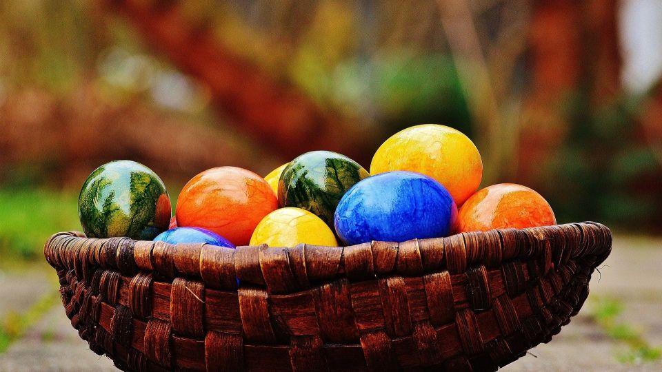 Пасха. Крашеные яйца