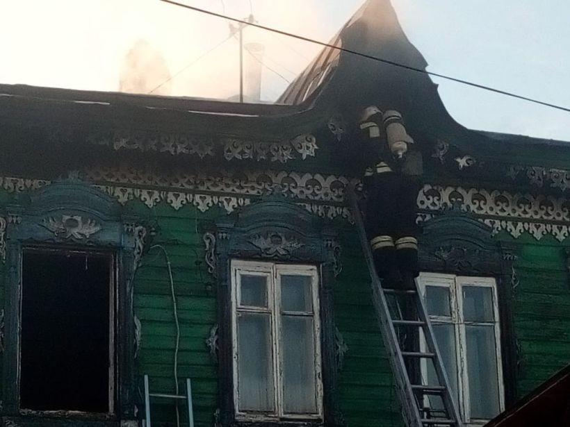 Пожар на ул. Анатолия Фото:ГУ МЧС России по Алтайскому краю