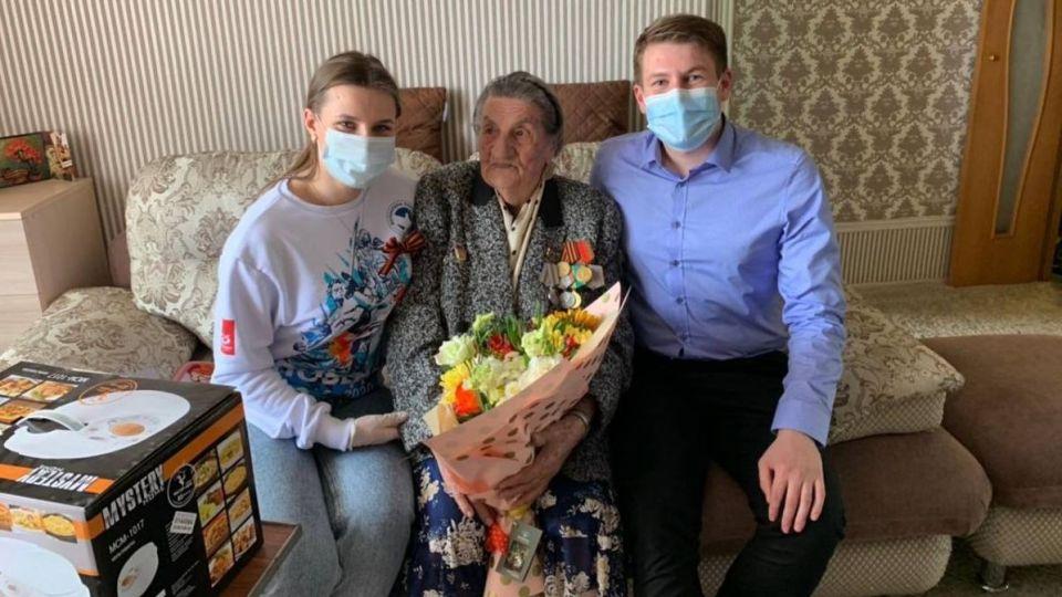 Денис Голобородько поздравил ветерана