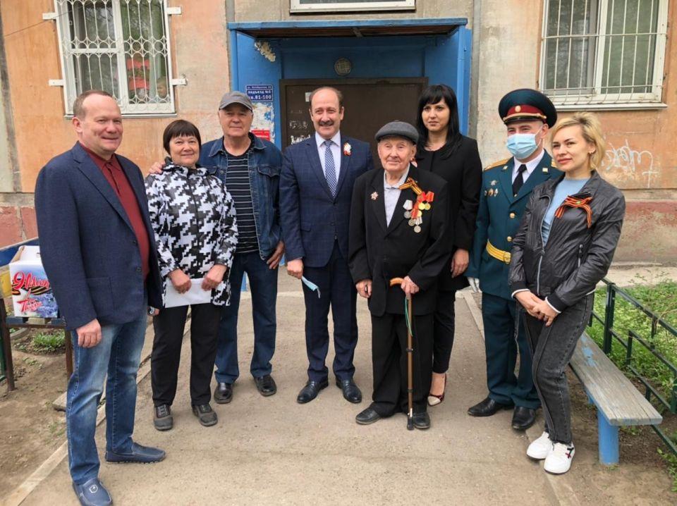 Депутат Госдумы Виктор Зобнев поздравил жителей края с Днем Победы