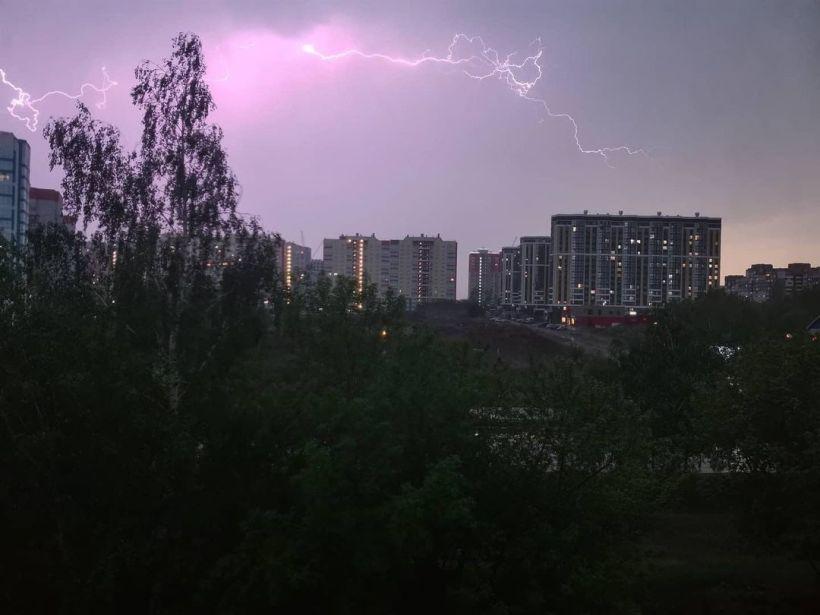 Гроза в Барнауле Фото:соцсети