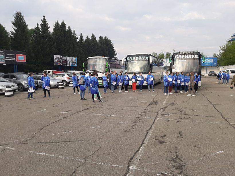 Прибытие участников этапа Кубка мира по гребле в Барнаул Фото:правительство Алтайского края