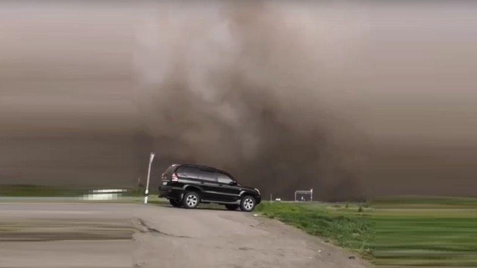 Пыльная буря на трассе Р-256