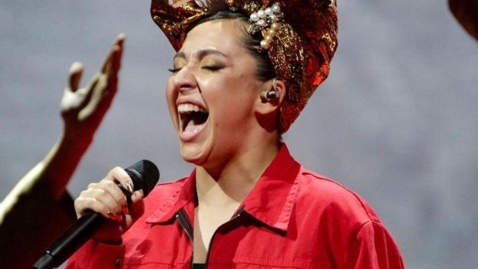 Певица Манижа (Manizha)