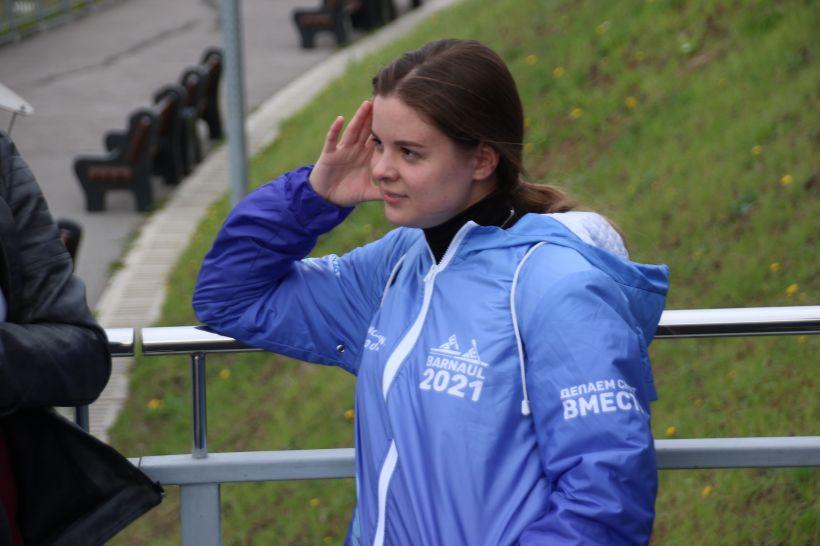 Гребля, девушки, водка: о чем говорили гребцы из Уругвая на прогулке по Барнаулу Фото:Виталий Барабаш