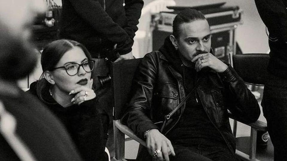 Софья Таюрская и Илья Прусикин на съемках клипа Sex Machine