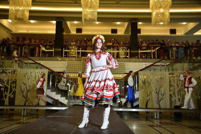 "Театр ""Алтай"" Фото:Виктория Паршкова"