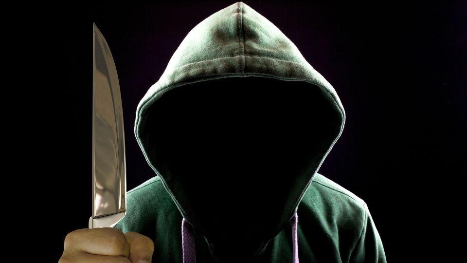 Убийца. Маньяк. Нож