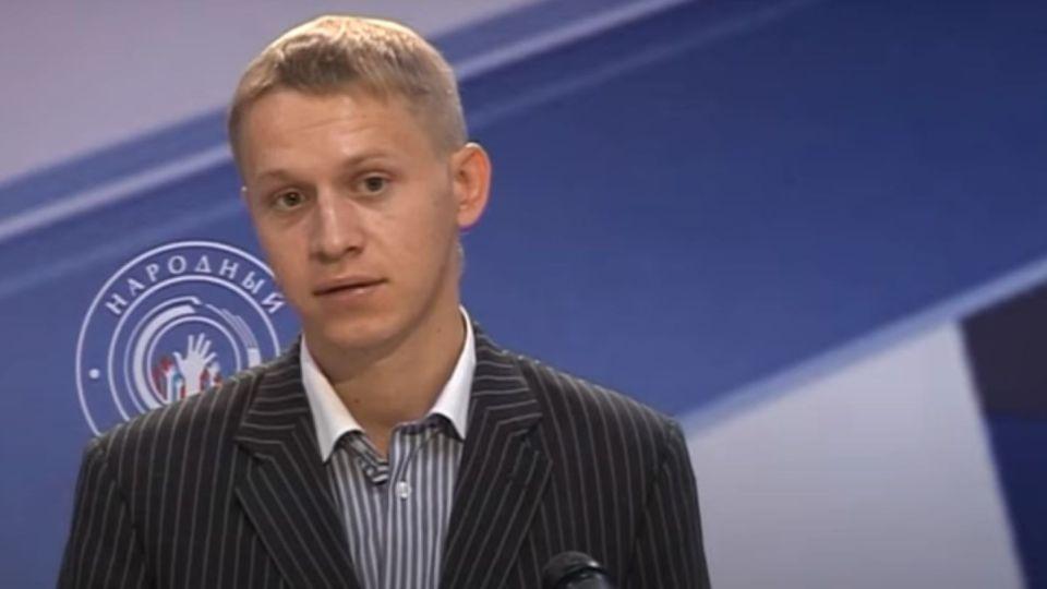 """Юрий Карл в 2011 году в период участия в проекте """"Народный политик""""."""