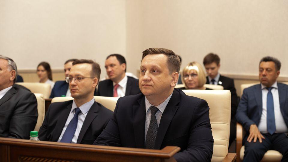 Максим Костенко, глава минобра Алтайского края