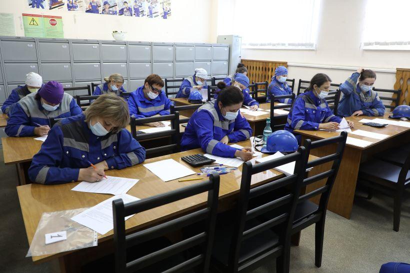 На Алтай-Коксе определили лучших контролеров  Фото:Пресс-служба Алтай-Кокс