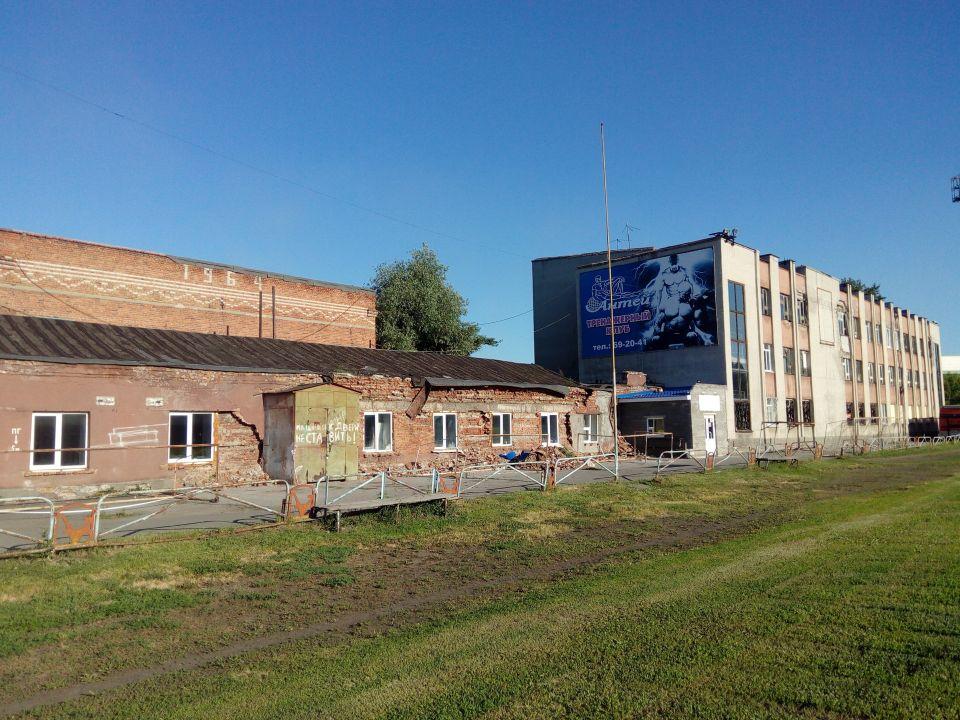 """Половина здания футбольной школы """"Динамо"""" находится в аварийном состоянии"""