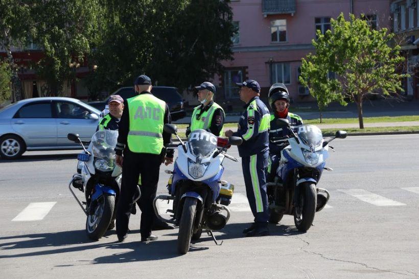 Мотоколонна. День России Фото:Виталий Барабаш