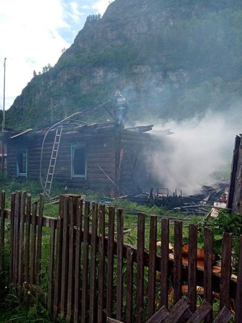 Место происшествия Фото:пресс-служба ГУ МЧС России по Республике Алтай
