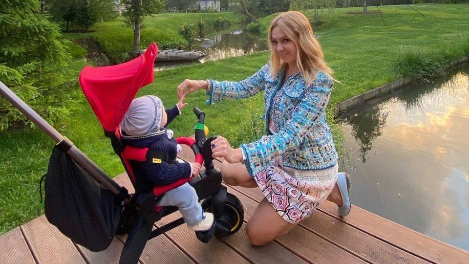 Рудковская с младшим сыном