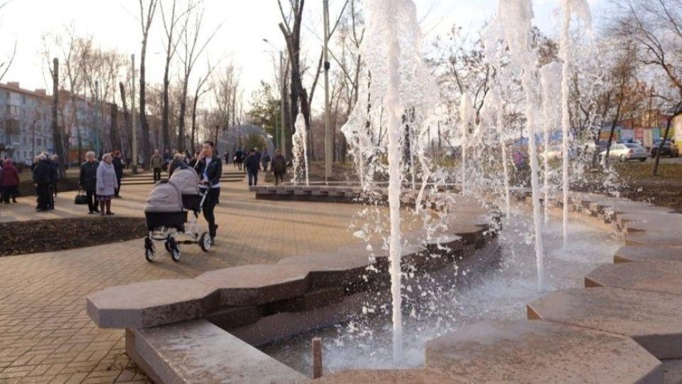 Фонтан на бульваре Вали Максимовой в Бийске