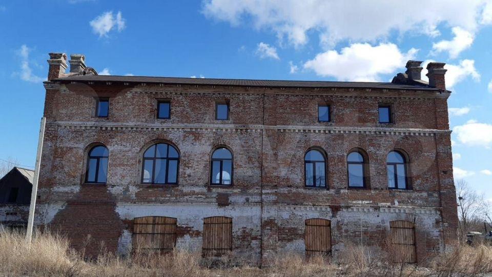 Старинное здание в Камне-на-Оби